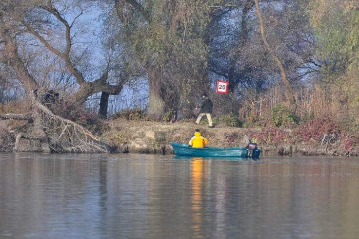 Restrangeri severe ale zonelor de campare în Delta Dunarii 2015